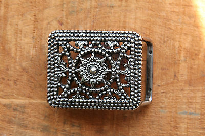 Vintage Belt Buckle Sun or Flower Design