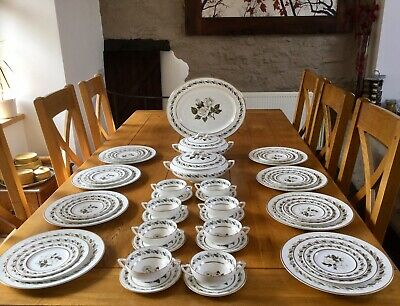 Royal Worcester Dinner Service For 8 Persons Bernina Pattern IMMACULATE