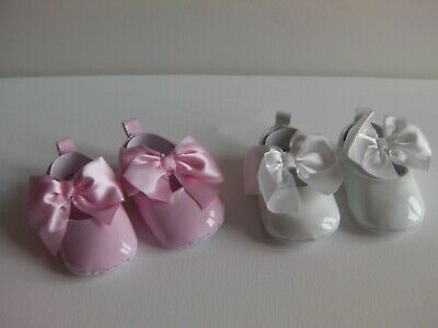 Baby Girl PU Patent soft sole Dress shoe with Large bow on foot strap..