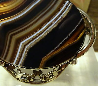 A Beautiful Rare Very Large Victorian Banded Agate Pinchbeck Brooch