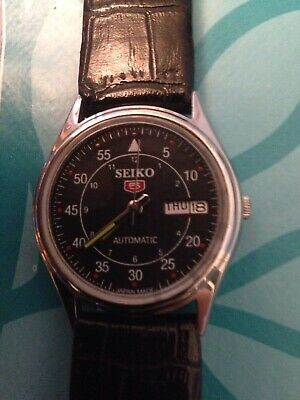 Seiko 5 Automatic Day-Date Black Color Dial Numeric Figure Working Watch
