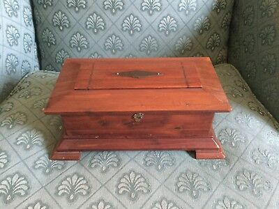 Hand Crafted Wooden Arts and Crafts Movement Mission Stickley Style Trinket Box