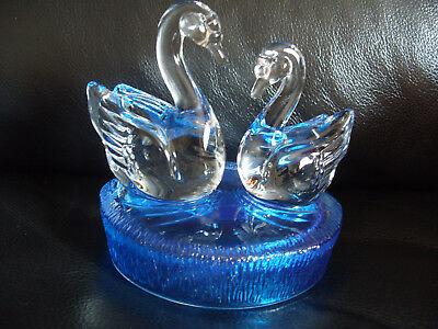 SWAN GLASS ORNAMENT CRYSTAL RCR SCULPTURE VINTAGE V Rare Blue Base -287
