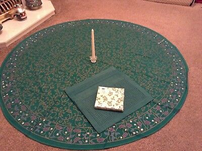 Christmas Dining Table complete set round Tablecloth Placemats Napkins candle
