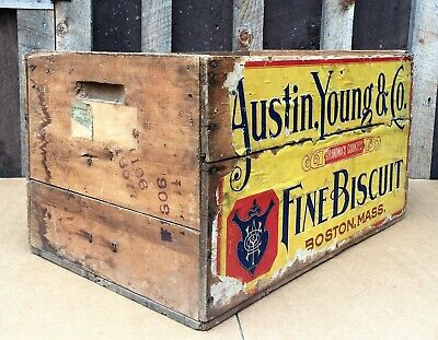 Antique Austin, Young & Co. Fine Biscuit, Chelsea Ma., Paper Label Crate, c1900
