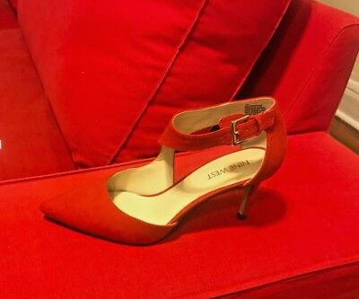 b778aac7119b NINE WEST BLACK Glitter High Heels Size 7M W/ Painted Red Bottoms ...