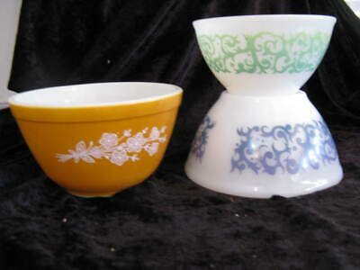 Pyrex vintage mixing bowls 1 PYREX gold with flowers 2 white green blue pattern