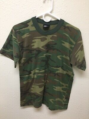 80b5ff3acb0b2e Vintage Fox Outdoor Products Camo Camoflauge Shirt Mens Small T Tee 1990s  Hiphop