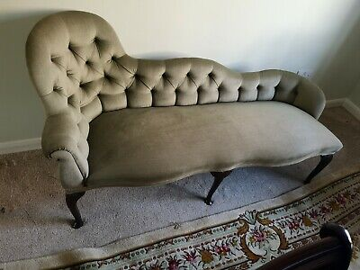 Antique Chaise Longue. Great condition. No marks or stains