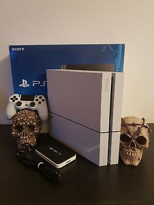 Playstation 4 ps4 bianca 1TB 18 GIOCHI RED D REDEMPTION 2 JOYPAD 12 MESI PLUS