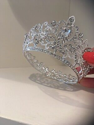 Baby / Child Crown . Silver Smaller Rhinestone Crown . Photo Shoot Crown