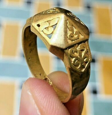 Very stunning Ancient VIKING Bronze Pyramid RING museum quality ARTIFACT -RARE-