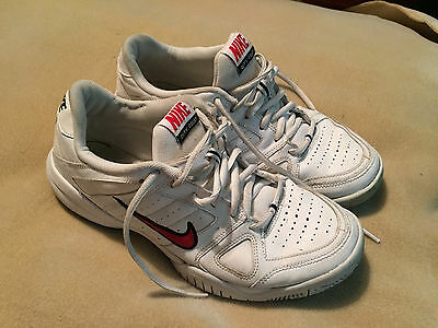Womens Nike City Court Leather Trainers White/Red Size 7.5 Great Condition