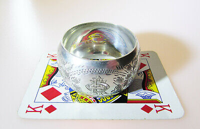 Attractive antique Solid Silver napkin ring London 1911