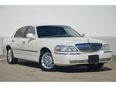 2007 Town Car SIGNATURE LOADED WELL MAINTAINED GREAT CONDITION 2007 LINCOLN TOWNCAR SIGNATURE VERY CLEAN 81K MILES FRESH TRADE