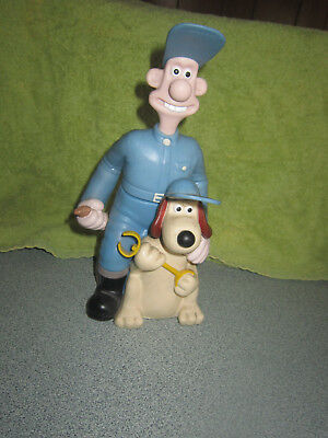 Wallace & Gromit bubble bath container