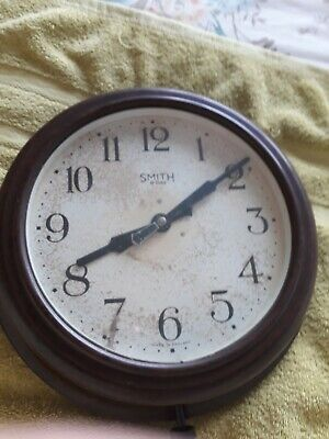 SMITH 8 day11 inch bakelite wall clock excellent condition, rare