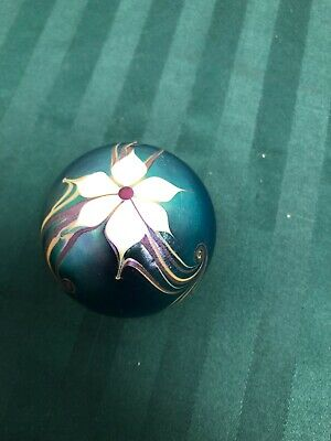 Vintage 1977 Bridgeton Studios Art Glass Paperweight Signed Floral