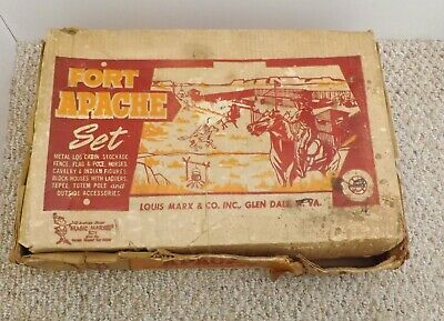 VINTAGE 1960's LOUIS MARX FORT APACHE PLAY SET 3680 COWBOYS INDIANS STOCKADE