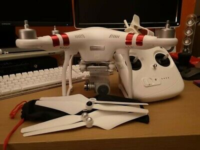 DJI Phantom 3 Standard Drone Quadcopter - Excellent Condition