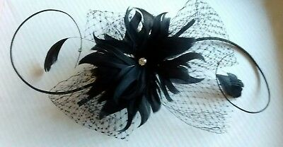 Lovely black fascinator with diamante detailing  *wedding/races/occasion*