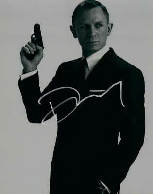 Daniel Craig 8x10 Autographed Photo Picture signed Pic with COA