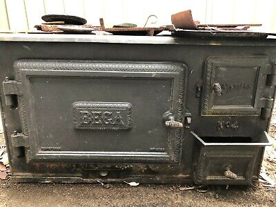 Metters Bega No. 4 Stove. Recently removed due to kitchen renovation