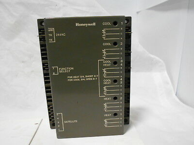 Honeywell W7101A1003 Controller Used