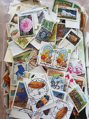 KILOWARE BARGAIN BULK 1000 + STAMPS MIXTURE OFF PAPER APPROX 100gr **