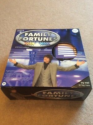 BNIB FAMILY FORTUNES Board Game New Edition With 'uh-Uk
