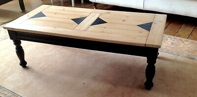 Unique,Stylish solid pine coffee table. Hand painted 120x60x40cm great condition