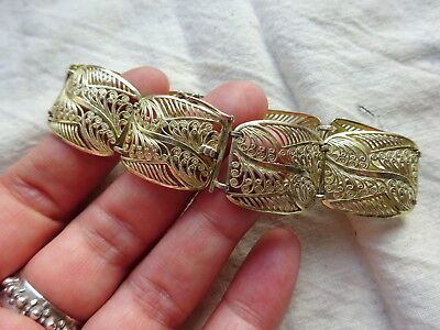 A Beautiful Vintage Filigree Sterling Silver Continental Bracelet