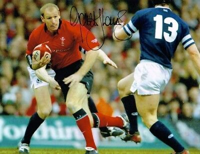 Gareth Thomas HAND SIGNED 10x8 Wales Rugby Union Legend Photograph IN PERSON COA