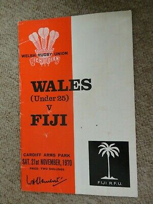 Rugby Union programmes WALES IRELAND 15.03.1975 INTERNATIONAL