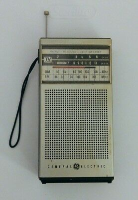 General Electric AM/FM TV Sound 24 HR Weather Transistor Radio Model 7-2934A VTG