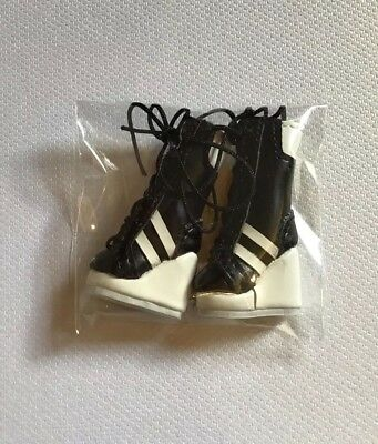 Graphic Content Boots Only Brand New, 2018 Luxe Life Miss Behave Style Lab