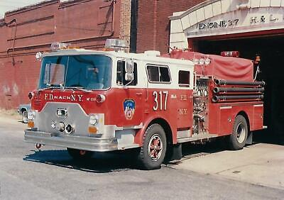 NEW YORK CITY FIRE DEPARTMENT ENGINE 68 4X6 COLOR PHOTO ~ 1985 MACK CF-WARD 79