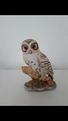 Vintage Beautiful Large Snow Owl figurine Hand Painted Fine Porcelain Ware