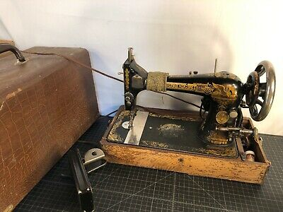 Antique Singer Foot Treadle Sewing Machine Head Gold Lettering Model 27 Sphinx