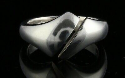 Danish sterling silver ring designed and made by Silversmith in Kolding
