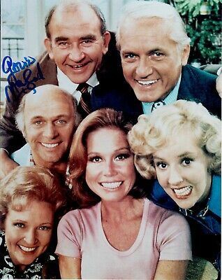 Gavin Macleod Mary Tyler Moore Show Autographed Signed 8x10 Photograph