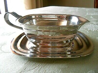 Nice, Vintage REED & BARTON 'Mayflower', 5000 Silver Plate Gravy Boat with Tray