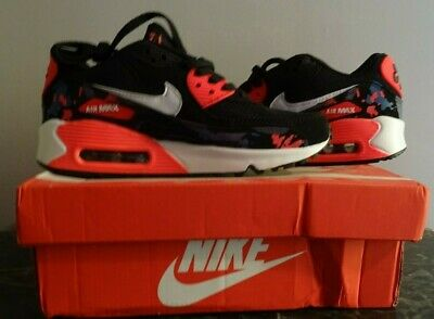 5 Taille 36 Nike 5 Air Us Paire Wmns 90 De Chaussure Essential Eur Max YvIb6mf7gy