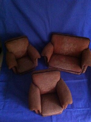 1950's Dolls 3 piece suite. Fits barbie/other. A replica of a full size suite***