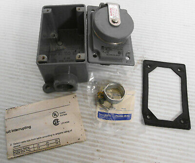 Russellstoll 3753 Receptacle 30A 250V 20A 600VAC