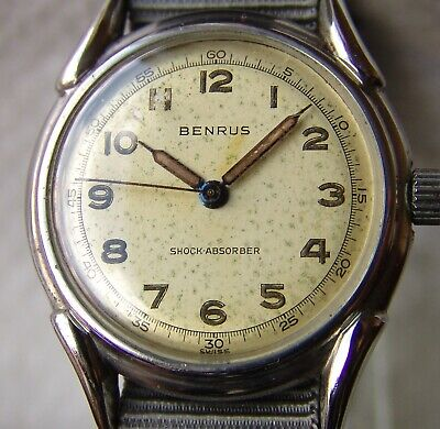 WWII PERIOD men's BENRUS collection MILITARY WRISTWATCH good condition
