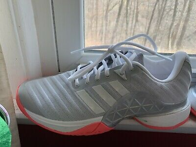 new product d04e0 7dc4a Adidas Barricade 2018 Women s Tennis Shoes - Size 9