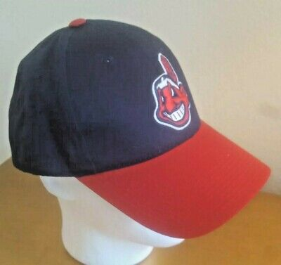 00935409 New w/tags Cleveland Indians Team MLB OC Sports Hat Cap Chief Wahoo Hook &