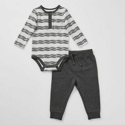NEW Baby Long Sleeve Bodysuit and Pant Set