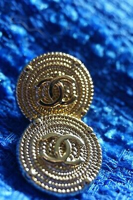 ❤💘💖💙CHANEL BUTTONS 2  Pieces SIZE 0,8  INCH 20  MM BROOCH Logo CC Gold Tone